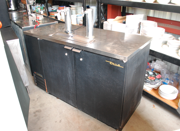 Kegerator For Sale >> Used True Kegerators For Sale At Discounted Prices Frog Technical